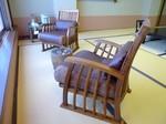 新しい椅子1.jpg